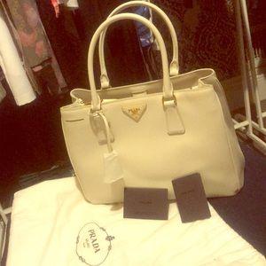 White leather saffiano lux Prada bag